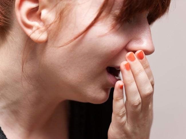 Những dấu hiệu bất thường xung quanh vùng cổ họng cảnh báo nguy cơ mắc bệnh ung thư tuyến giáp rất cao - Ảnh 5.