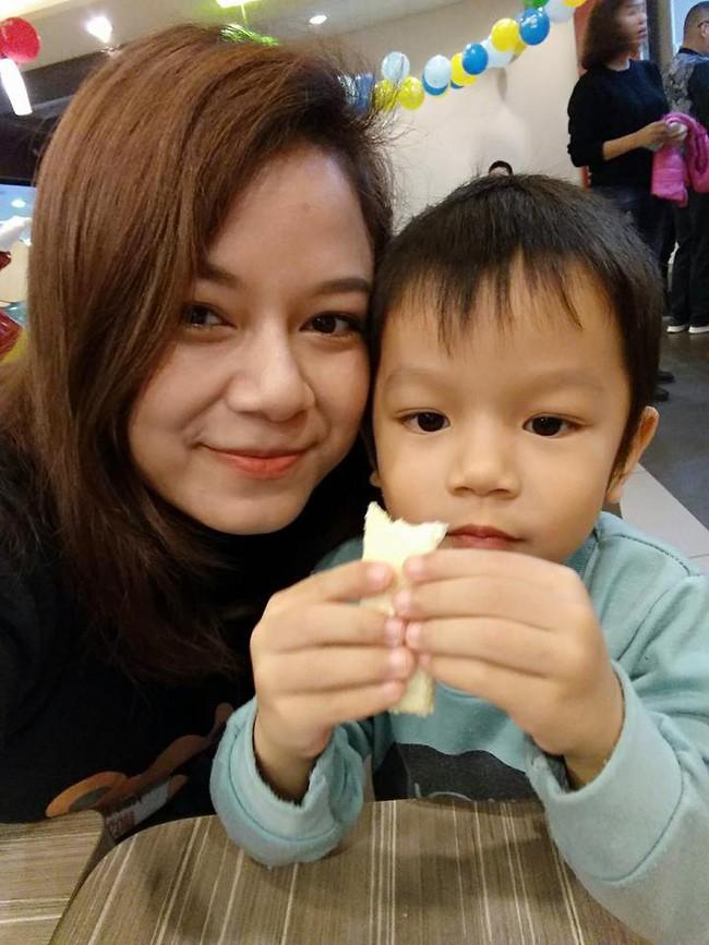 Ký ức khó quên của mẹ Hà Nội: 8 ngày sau sinh mổ, máu chảy ròng ròng, bác sĩ chỉ định mổ lại lần nữa - Ảnh 4.