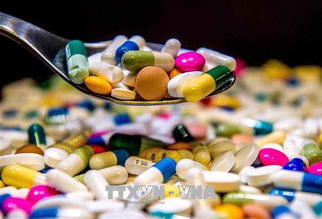 Cảnh báo 50 triệu người tại châu Á sẽ tử vong mỗi năm do kháng thuốc kháng sinh - Ảnh 1.