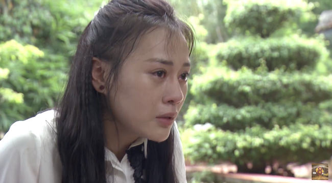 Có hàng loạt phân cảnh lấy nước mắt khán giả, diễn xuất của Quỳnh Búp Bê - Phương Oanh vẫn gây tranh cãi - Ảnh 2.
