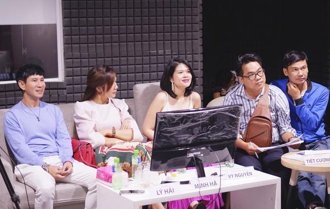 Minh Hà thả dáng mẹ 4 con đáng ghen tỵ khi cùng Lý Hải casting Lật mặt 4 - Ảnh 10.