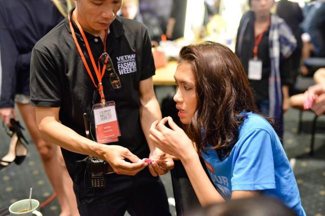 Vietnam International Fashion Week tiếp tục bị loạt người mẫu tố chậm tiền: Thu/Đông đã qua mà catxe mùa Xuân/Hè vẫn chưa thấy! - Ảnh 7.
