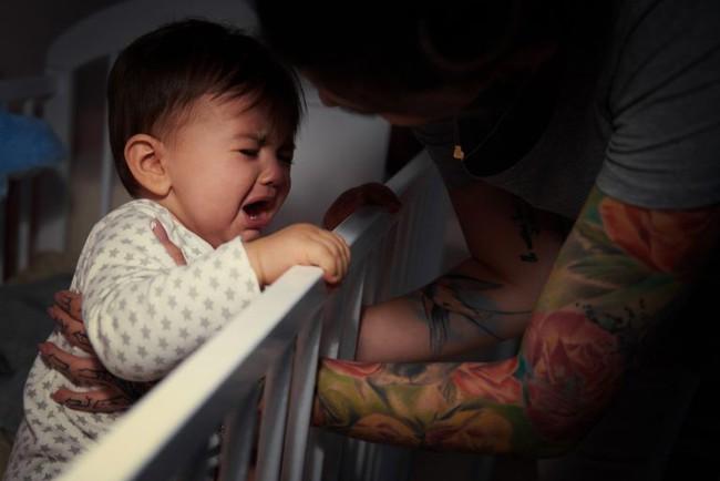 Những sai lầm khi luyện ngủ cho con khiến mẹ luyện mãi vẫn thất bại thảm hại - Ảnh 2.