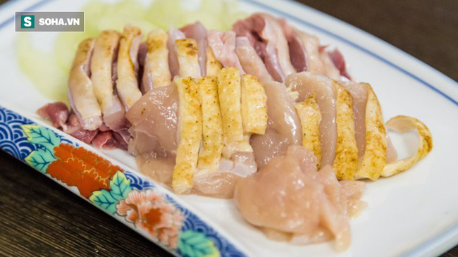 7 loại thực phẩm dù có ngon cũng tuyệt đối không nên ăn sống - Ảnh 1.