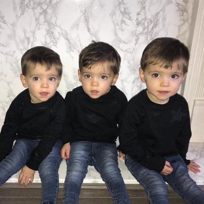 Hiếm thấy: Cặp sinh ba tự nhiên cùng gen, giống nhau như 3 giọt nước, đến bố mẹ cũng khó phân biệt - Ảnh 20.