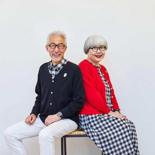 Hạnh phúc chỉ đơn giản vậy thôi: Cặp vợ chồng U70 người Nhật mặc đồ đôi suốt 38 năm khiến dân mạng phát cuồng - Ảnh 2.