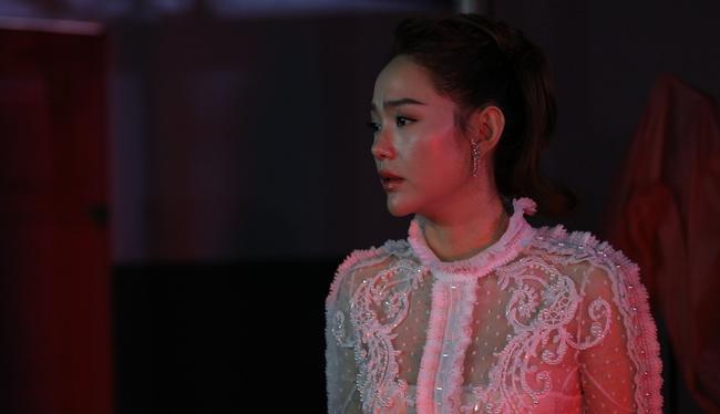 Minh Hằng tức giận, đòi bỏ quay The Face 2018 vì mâu thuẫn với Thanh Hằng - Ảnh 2.