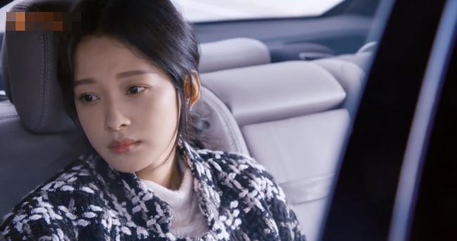 4 tập Lương Sinh vẫn chậm đến phát mệt, Tôn Di bị vợ sắp cưới của Mã Thiên Vũ bắt ghen tại sân bay  - Ảnh 11.