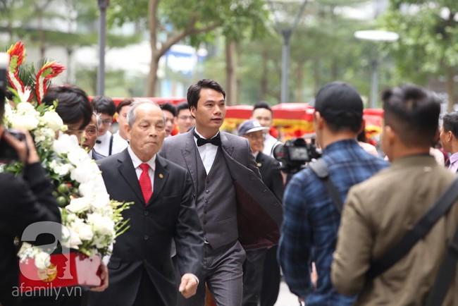 Cuối cùng chú rể của Á hậu Thanh Tú lộ diện, hóa ra lại là đại gia quen mặt đình đám trong giới doanh nhân Việt Nam - Ảnh 3.