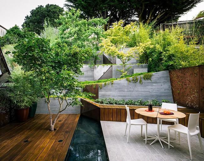 Khu vườn sở hữu góc thư giãn đắt giá đẹp đến mức ai nhìn cũng mê mẩn - Ảnh 1.