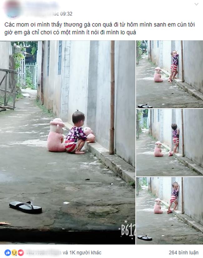 Hình ảnh bé gái tha thẩn chơi một mình khi mẹ có em khiến nhiều mẹ bỉm rơi nước mắt - Ảnh 1.