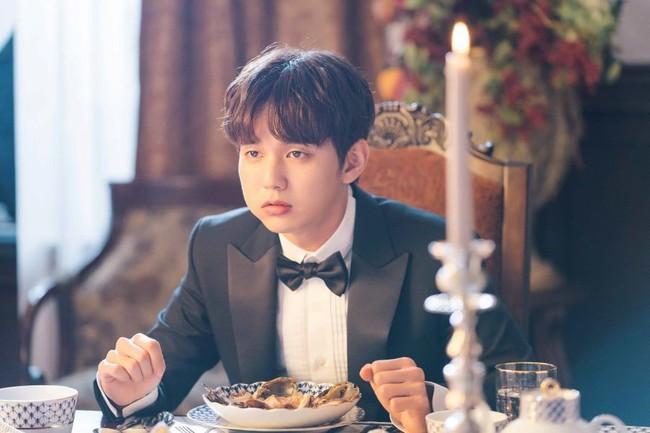 Yoo Seung Ho lại đốn tim fan khi trưng ra loạt biểu cảm đáng yêu thế này - Ảnh 3.