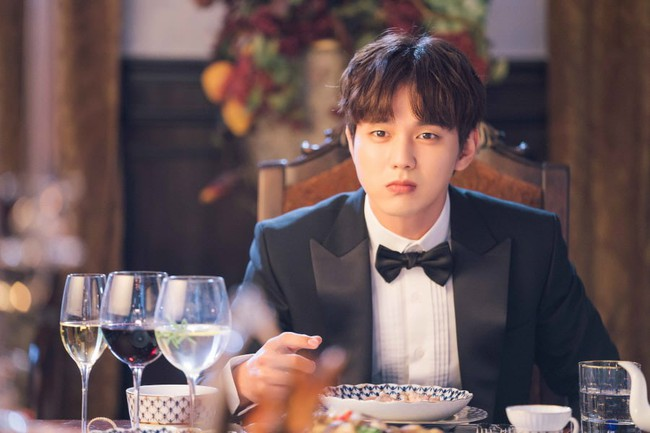 Yoo Seung Ho lại đốn tim fan khi trưng ra loạt biểu cảm đáng yêu thế này - Ảnh 5.