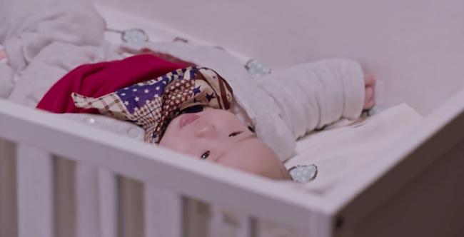 Tập cuối Lương Sinh: Chung Hán Lương - Tôn Di vượt qua sóng gió, chào đón đứa con đầu đời xinh xắn  - Ảnh 4.