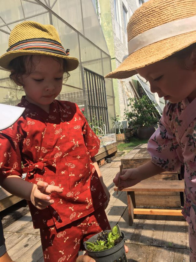 Sau chia sẻ 2 con phải điều trị tâm lý vì cha mẹ ly hôn, Hồng Nhung lại gây xúc động với tâm sự mới - Ảnh 3.