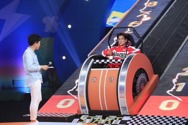 Trấn Thành cười tít mắt khi vợ Hari Won được cô bé 8 tuổi khen xinh đẹp - Ảnh 4.