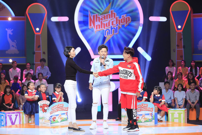 Trấn Thành cười tít mắt khi vợ Hari Won được cô bé 8 tuổi khen xinh đẹp - Ảnh 11.