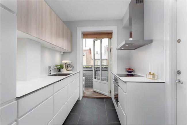 Cách chọn rèm cửa cho nhà bếp kết nối với ban công vừa đẹp vừa thuận tiện đi lại - Ảnh 11.