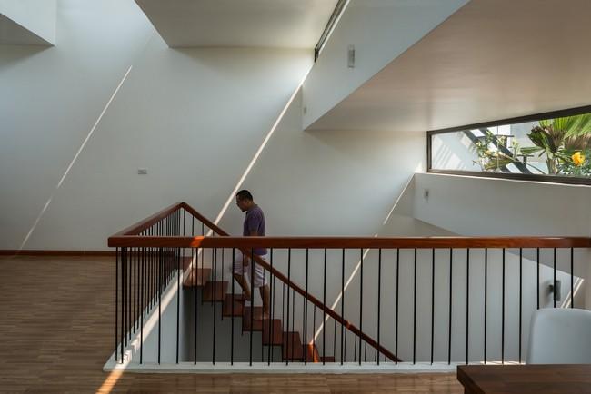 Cận cảnh ngôi nhà có ruộng bậc thang ngay mặt tiền đạt nhiều giải thưởng kiến trúc lớn ở Hà Tĩnh - Ảnh 11.