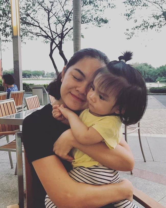 Sau hôn nhân đổ vỡ, Phạm Quỳnh Anh khẳng định sẽ dạy con gái sống mạnh mẽ và tự lập - Ảnh 3.