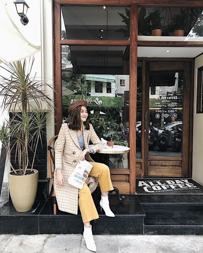 Muốn mặc đâu chuẩn đấy trong tiết trời se lạnh, bạn chỉ việc copy 10 công thức street style xuất sắc từ loạt hot girl Việt - Ảnh 10.