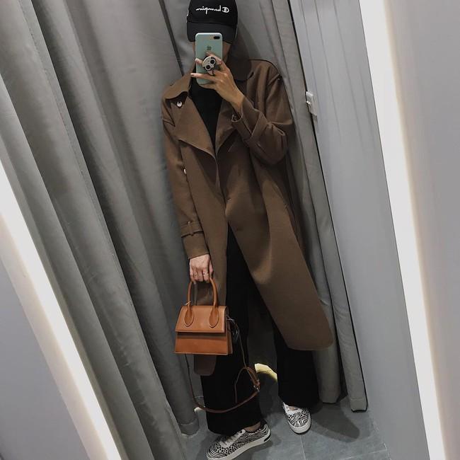 Muốn mặc đâu chuẩn đấy trong tiết trời se lạnh, bạn chỉ việc copy 10 công thức street style xuất sắc từ loạt hot girl Việt - Ảnh 5.