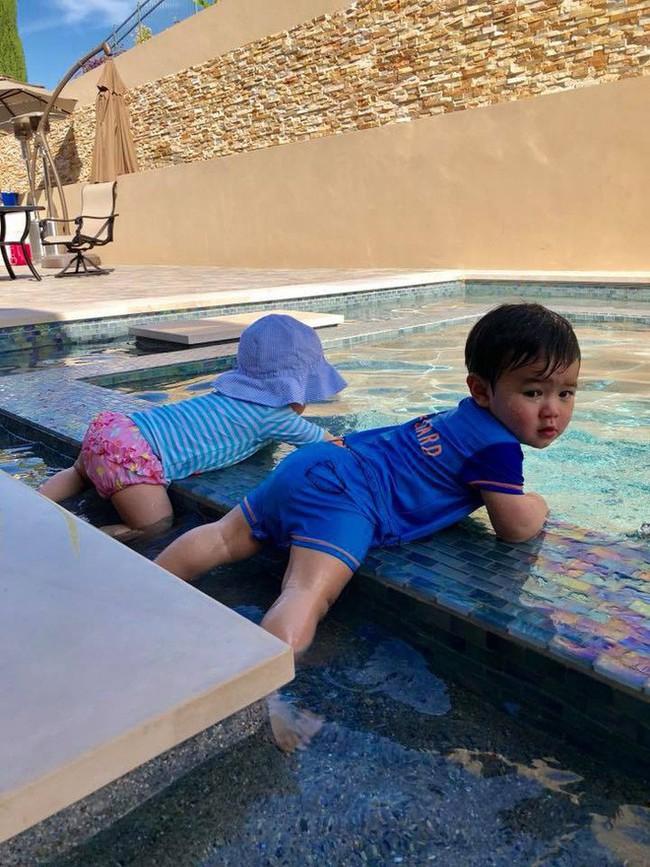 Cuộc sống của những cô chiêu, cậu ấm nhà sao Việt: Ở biệt thự triệu đô, học phí mỗi năm lên đến hàng trăm triệu - Ảnh 7.