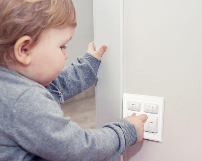 30 nguyên tắc an toàn bố mẹ cần nhớ giúp trẻ tránh hiểm họa khôn lường từ những vật dụng quen thuộc - Ảnh 3.