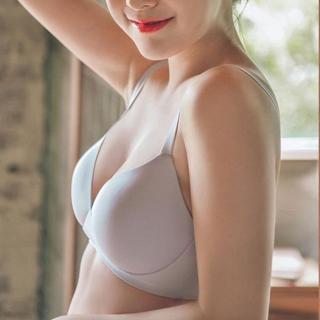 Để mặc chiếc áo ngực của mình thật lâu bền, các nàng cần tránh 4 sai lầm sau khi giặt giũ và bảo quản - Ảnh 3.