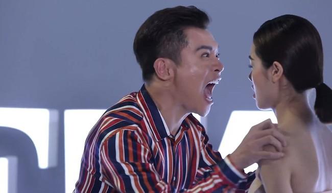 Hết Thanh Hằng nổi cáu, lại đến lượt Nam Trung lớn tiếng mắng thẳng mặt thí sinh The Face  - Ảnh 5.