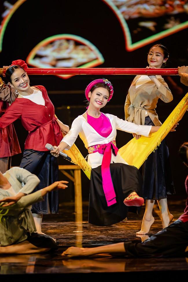 Phạm Phương Thảo cùng Thanh Lam, Trọng Tấn khiến khán giả cay mắt, hân hoan trong liveshow kỷ niệm 20 năm ca hát - Ảnh 5.