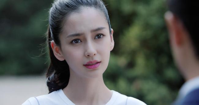 Sau vụ ồn ào lên giường nhầm người, bỏ rơi Angelababy,  Hoàng Hiên chính thức vượt mặt Chung Hán Lương  - Ảnh 5.