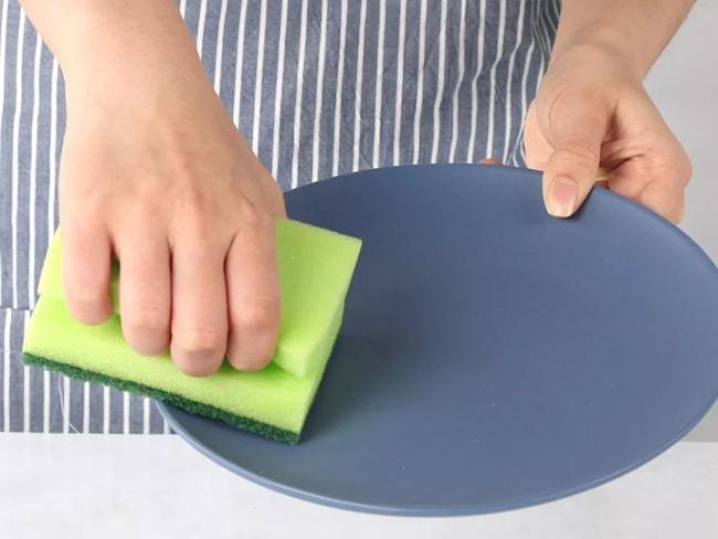 Đánh bay mọi vết bẩn trong nhà bếp chỉ với một bộ dụng cụ làm sạch siêu dễ dùng với giá chưa tới 300 nghìn - Ảnh 24.