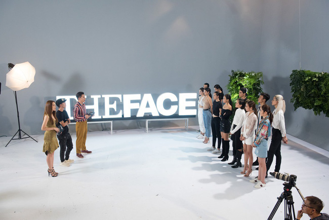 Trọn bộ loạt ảnh 50 sắc thái của The Face do Minh Hằng đứng lớp hướng dẫn  - Ảnh 2.
