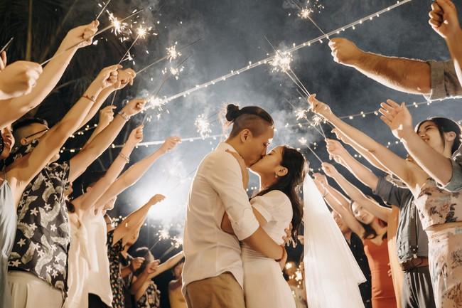 Bí mật của chiếc váy cưới và khoảnh khắc first look hạnh phúc ở đám cưới chất phát ngất do cô dâu tự tay trồng - Ảnh 18.
