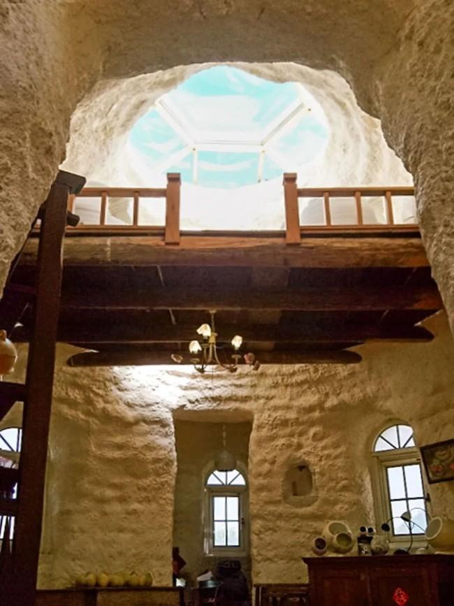 Ngôi nhà ấm áp vào mùa đông, mát lạnh vào mùa hè không cần đến điều hòa của thầy giáo dạy Toán - Ảnh 17.