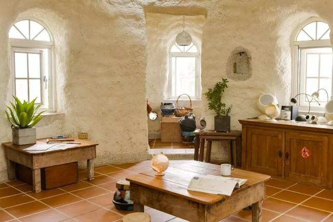 Ngôi nhà ấm áp vào mùa đông, mát lạnh vào mùa hè không cần đến điều hòa của thầy giáo dạy Toán - Ảnh 10.