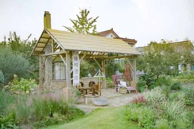 Khu vườn rộng 3000m² đẹp như cổ tích của vợ chồng 40 tuổi quyết định nghỉ hưu sớm về quê tận hưởng cuộc sống - Ảnh 20.