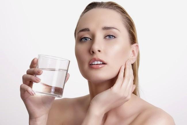 Khắc phục viêm phế quản tại nhà giúp bạn giảm ho, tắc nghẽn tức thì không cần uống kháng sinh - Ảnh 3.
