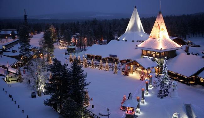 Ngắm những ngôi nhà đẹp như cổ tích lung linh trong mùa Giáng sinh - Ảnh 6.