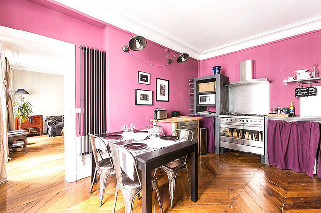 Thử thách với cách trang trí nhà bếp màu hồng, vẻ đẹp ngọt ngào và cá tính cho mùa đông không lạnh - Ảnh 2.