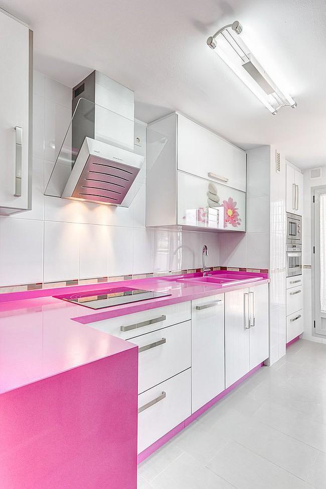 Thử thách với cách trang trí nhà bếp màu hồng, vẻ đẹp ngọt ngào và cá tính cho mùa đông không lạnh - Ảnh 8.