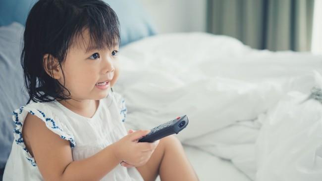 Dắt túi ngay những mẹo giúp bé tắt tivi, ipad dễ dàng mà không có cơn ăn vạ nào xảy ra - Ảnh 2.