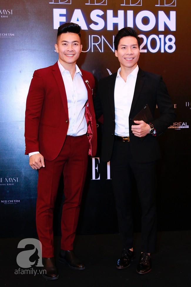 Phạm Quỳnh Anh diện váy đen đầy quyến rũ, Mỹ Tâm nam tính góc cạnh với tóc nâu môi trầm trên thảm đỏ Elle - Ảnh 18.