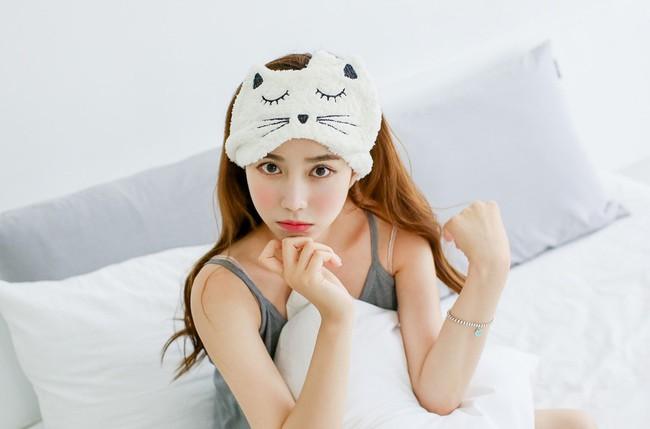 Lúc ngủ mà hay làm những điều này thì hãy bỏ ngay kẻo gây nguy hại sức khỏe - Ảnh 5.