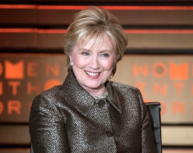 """Bé gái 8 tuổi bất ngờ nhận được thư an ủi từ bà Hillary Clinton khi mất chức lớp trưởng: Cô hiểu rất rõ thật không dễ dàng tí nào"""" - Ảnh 2."""