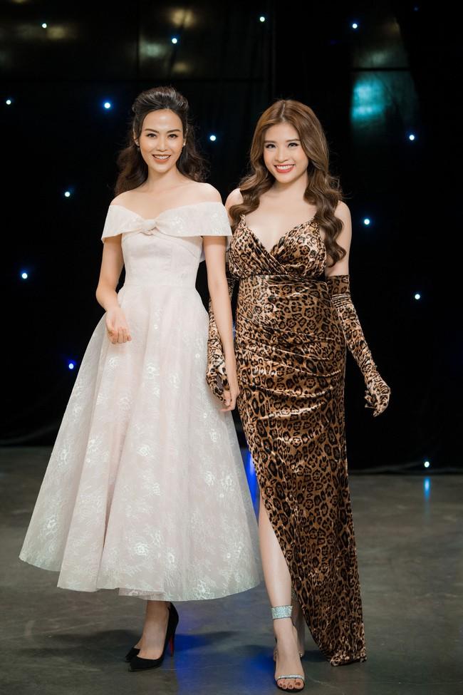 Maya diện váy lộ ngực khủng, khoe chiều cao vượt trội giữa dàn mỹ nhân toàn Hoa hậu - Ảnh 9.