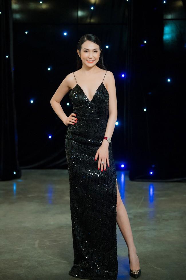 Maya diện váy lộ ngực khủng, khoe chiều cao vượt trội giữa dàn mỹ nhân toàn Hoa hậu - Ảnh 5.