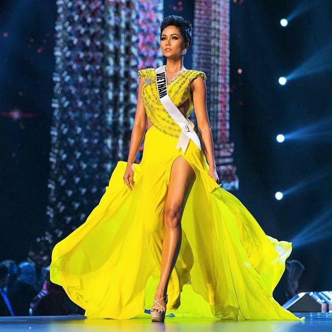 Cô gái Ê Đê nghèo từng lên thành phố làm osin đã ngoạn mục lọt Top 5 Miss Universe 2018 như thế nào? - Ảnh 10.