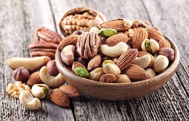 Những loại thực phẩm giàu chất béo nhưng lại thực sự có lợi cho sức khỏe - Ảnh 2.